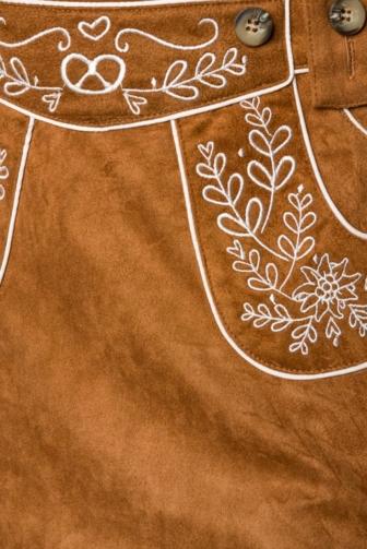 Trachtenrock mit Stickereien